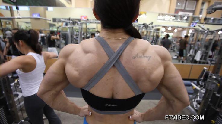 Carla Rossi massive back