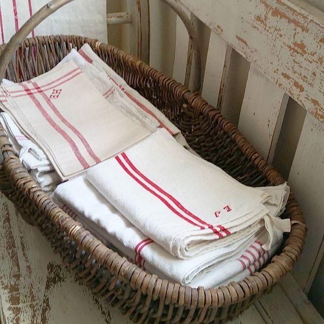 Clean Linens ❤#redstripelinens #farmhousestyle #farmhouse1711