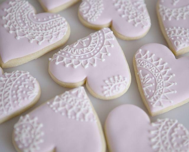 Vintage Lace Cookies by Sweet Tiers, via Flickr