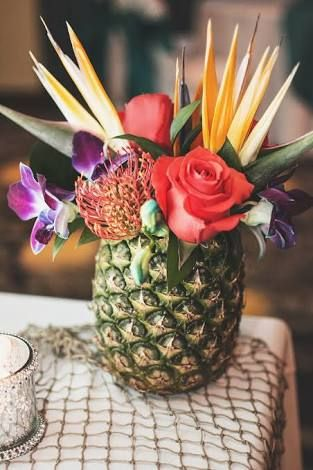 pineapple wedding flowers - Google Search