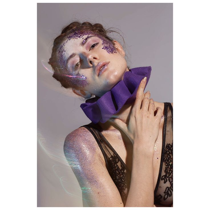 All about body contour | extreme || #makeupbykkagia #makeup #mua #mualife #glitter #glittermakeup #bodypainting #extrememakeup #hairstyle #byme #braids #photoshoot #russiangirl #italy #milan #milano #bodycontour #purple #purplerain #undiscovered_muas #milanmua
