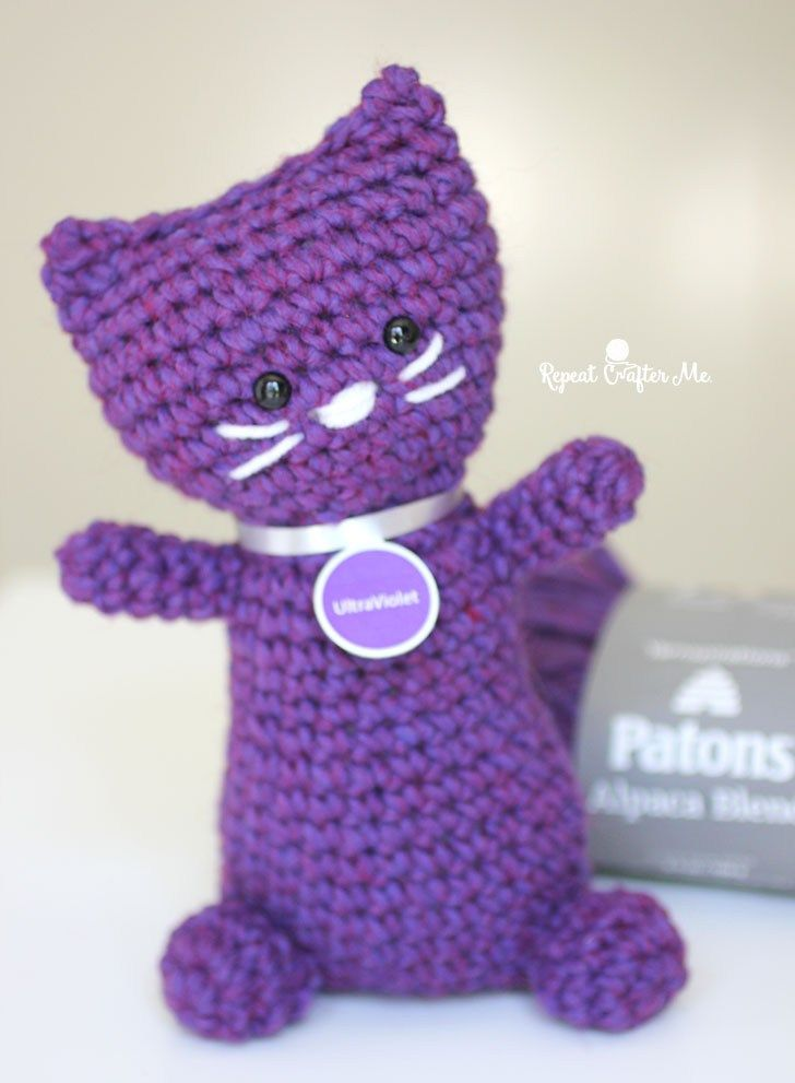 Purrfectly Purple Patons Crochet Kitty #repeatcrafterme #crochet #kitty