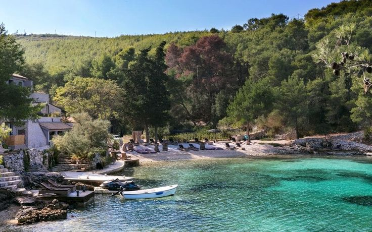 Our experts' pick of the top five beach and seaside holidays in Croatia for 2017, including the best spots for families, watersports and relaxation, in destinations such as Dubrovnik, Brac and Hvar