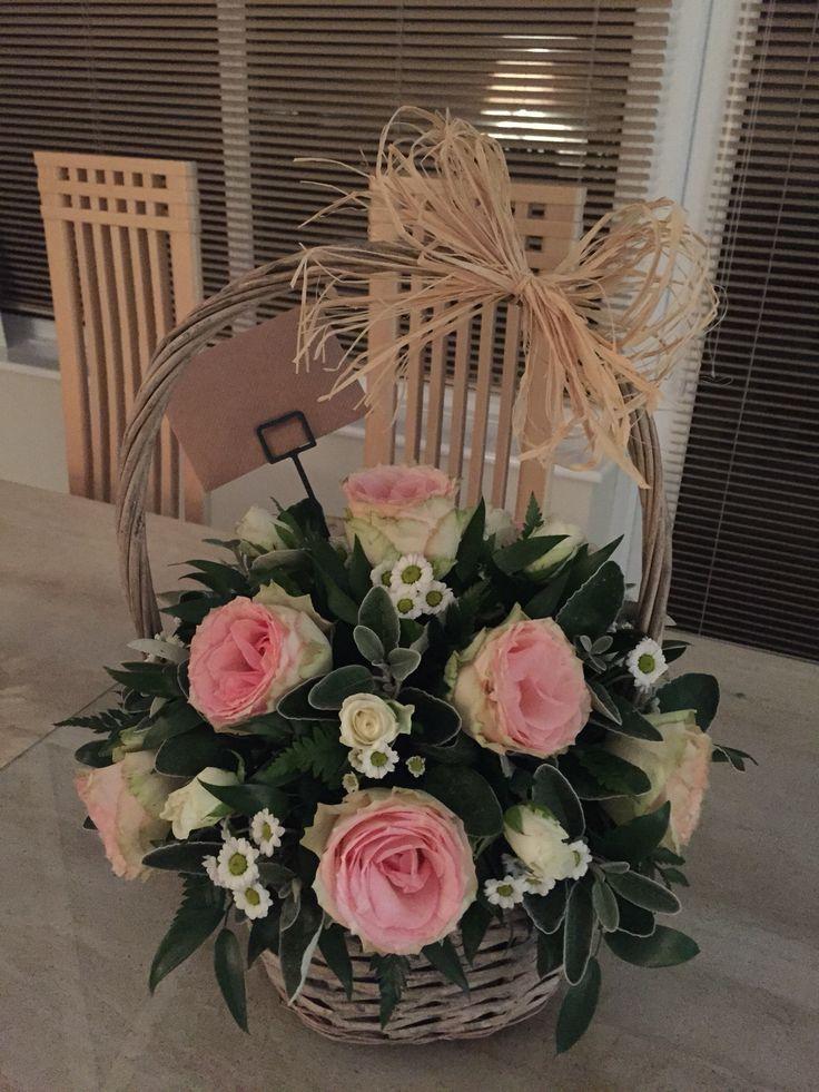 Flower class week 6: Basket arrangement