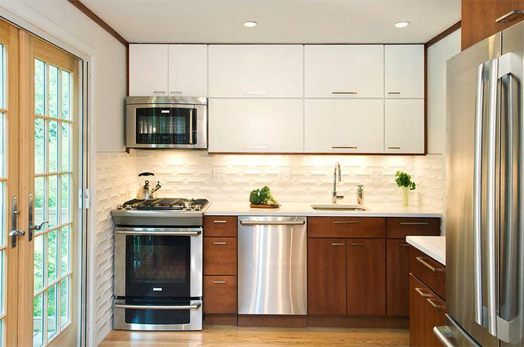 12-cozinha-bancada-amadeirada-suspensos-branco