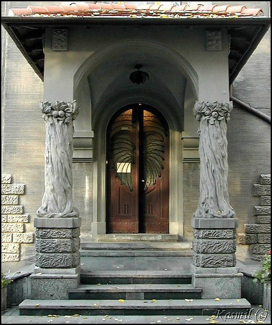 door windows look like wings in Leopold Kindermann's Villa, Łódź, Poland from 1903.