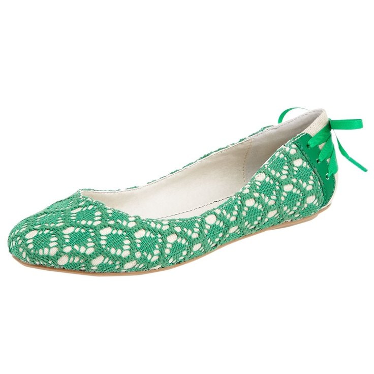 Green design flats: Style Shoes, Design Flats, Business Fashion, Fashion Style, Green Design, Green Flats, Flats Shoes, Fashion Zone, Fabulous Flats