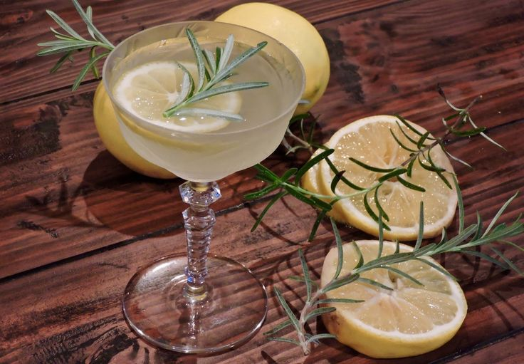 Tomatoes on the Vine: Meyer Lemon Gimlet Cocktail with Rosemary