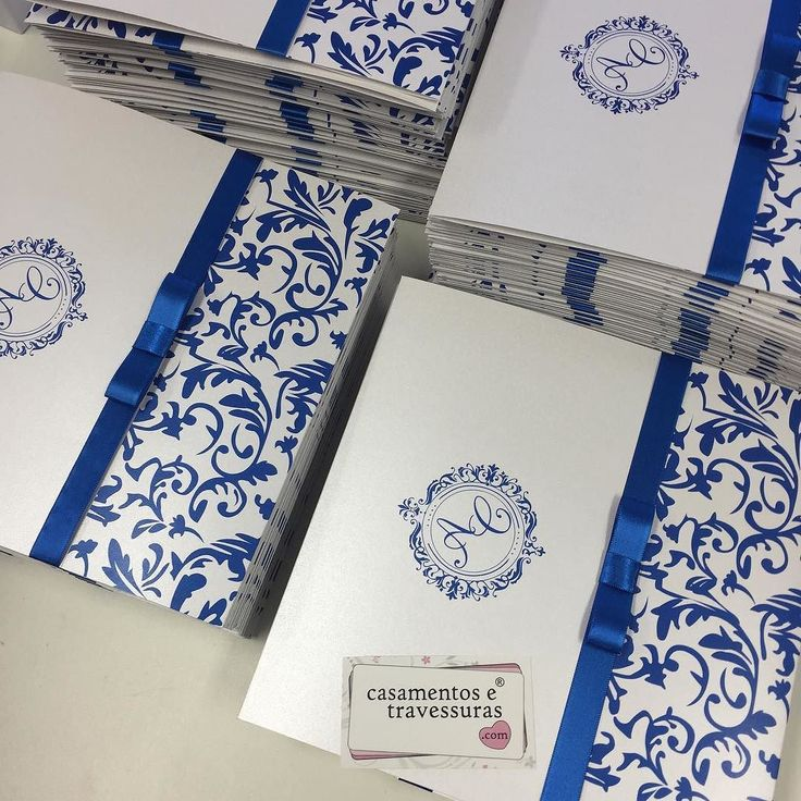 Azul royal  convite modelo 44D de SP para todo o Brasil encomende pela loja online casamentosetravessuras.com  #casamentosetravessuras #convitesdecasamento #convitedecasamento #azulroyal #casamentoazul #casamento - Lembrancinhas de Casamento Convites Aniversário 15 anos Formatura etc.