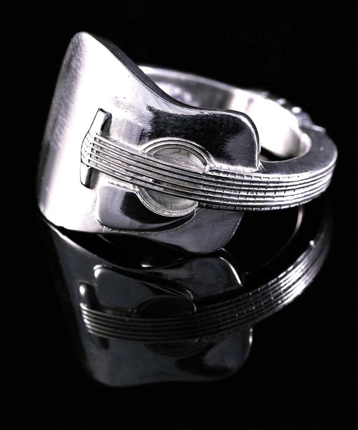 Guitar ring by Allegro - ❤