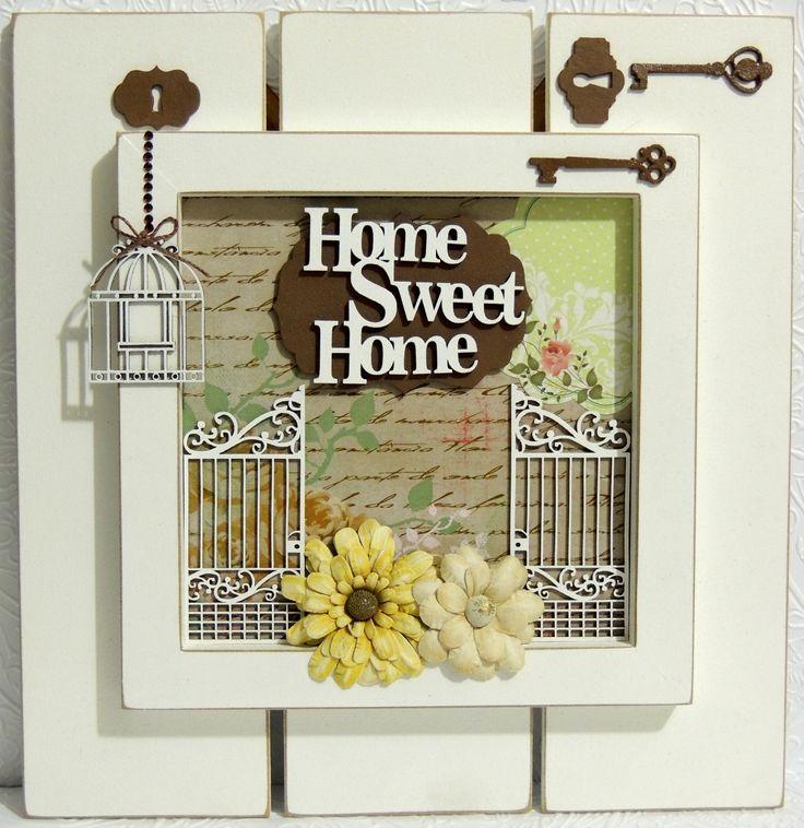 Quadro em MDF decorado com chipboard Momento Divertido, papel scrapbook e flores vintage Toke e Crie.