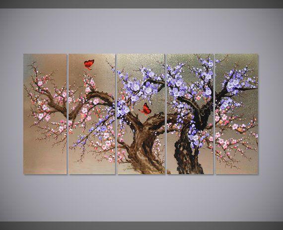 Handgeschilderde bloeiende violet pruim blossom flower muur