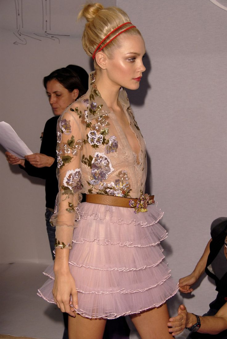 J.S.: Blouses, Tulle Skirts, Jessica Stam, Beautiful, Saia Mini-Sequins, Hair Makeup, Big Hair, Spring Style, Floral Prints Dresses
