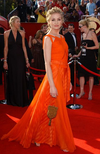 Portia de Rossi in Nina Ricci (57th Primetime Emmy Awards)