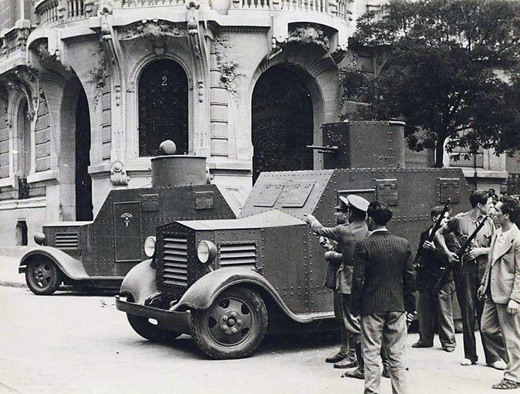 Preparativos batalla del Cuartel de la Montaña. 1936
