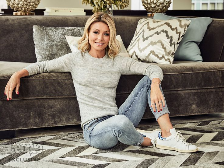 Kelly Ripa Opens Up About What Really Happened with Michael Strahan: 'People Deserve Respect'| Good Morning America, Live with Regis & Kelly, TV News, Kelly Ripa, Michael Strahan