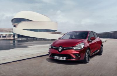New Renault Clio by drive.gr