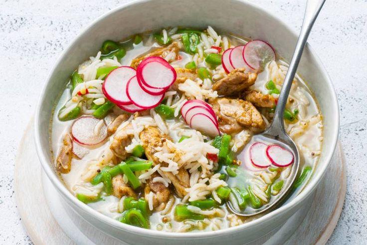Kijk wat een lekker recept ik heb gevonden op Allerhande! Currysoep met rijst, snijbonen en kip
