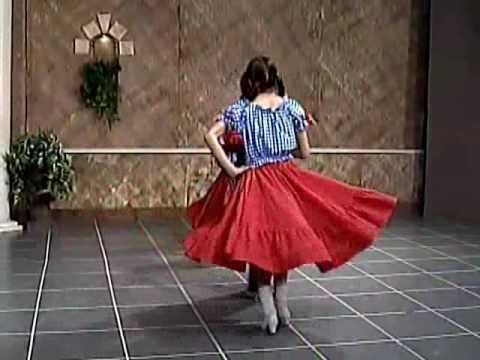 Children's German Folk Dance - YouTube