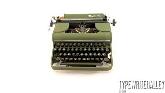 Rare German beauty. OLYMPIA SM1 1950, Olympia typewriter, vintage typewriter, portable typewriter, manual typewriter, working typewriter.