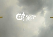 Adorei: Clichês da propaganda disputam prova de salto com vara em comercial do Young Lions 2013
