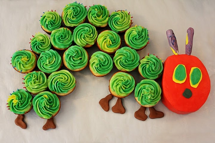 caterpillar cupcake/cake.  Melissa made this for Hope and HC's birthday party 2 yrs. ago and it turned out fabulous!