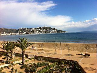 Rosas+-+Santa+Margarita+-+Appartement+agréable+au+pied+de+la+mer+et+de+la+plage+++Location de vacances à partir de Costa-Brava - Gerone @homeaway! #vacation #rental #travel #homeaway