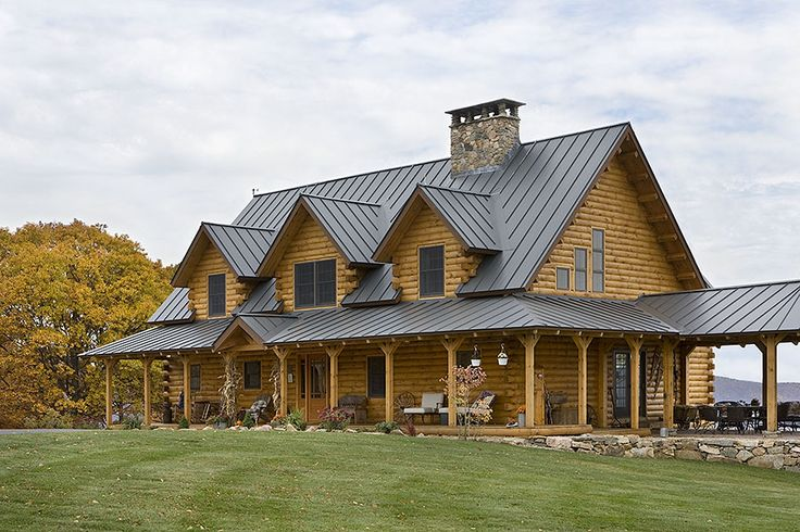 Exterior, horizontal, front 3/4 view, Hofmann residence, Pike, New Hampshire, Coventry Log Homes
