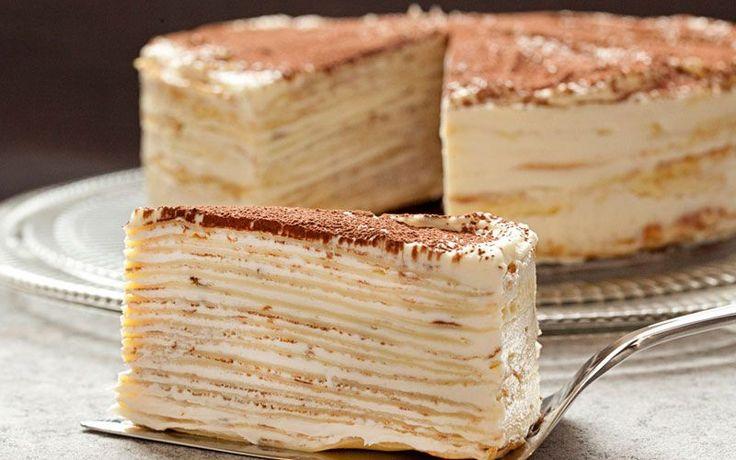 Французский Крепвиль (crêpes – блины) – это не что иное, как блинный торт (дада, из настоящих блинов) с кремом,