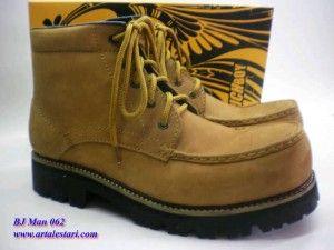 Sepatu Boots Pria Pictboy