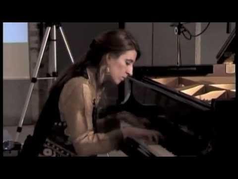 """▶ Carina Aprile suona Libertango - concerto """"Tango Nuevo"""" (parte 5).m4v - YouTube"""