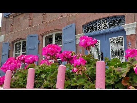 Foça'nın Taş Evleri belgeseli:29 Oca 2016 tarihinde yayınlandı Hasan Eser'in yönetmenliğinde Alfapress Medya tarafından hazırlanan bu belgeselde, Foça'nın birbirinden değerli ve tarihi taş evleri tüm güzeliğiyle gözler önüne seriliyor.