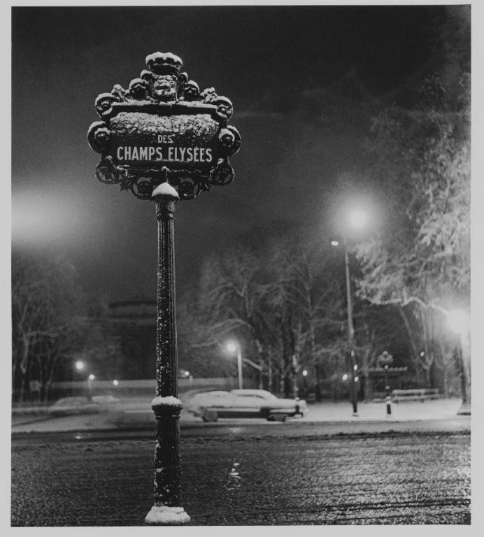 """Sabine Weiss  //  """"Paris"""", 1958"""