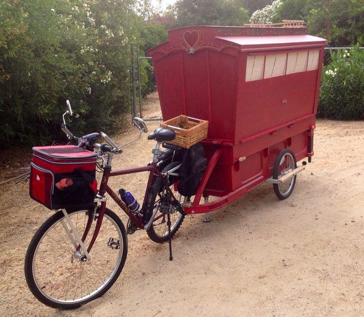 Inside A Gypsy Wagons | The quarters of a traveling artist. Owned and shared by Barry Howard ...
