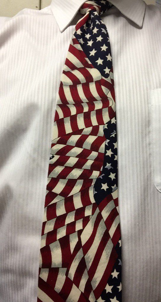 (1) Novelty Tie @News3LV from:TomNews3LV - Twitter Search
