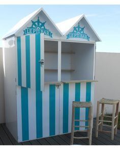 Les 25 meilleures id es concernant bars de plage sur - Meuble cabine de plage ...