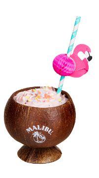 Malibu Cocktail Rezept für Malibu Pink Punsch      45ml Malibu     60ml Sauerkirschen Nektar     60ml Ananassaft     15ml Vanillesirup     8 eingelegte Sauerkirschen     1 Stange Zimt     1 Sternanis     5 Nelken     2 Zesten Orange  Alles zusammen erhitzen auf ca. 65 - 70 Grad. Die Gewürze herausfiltern. Kirschen mit servieren