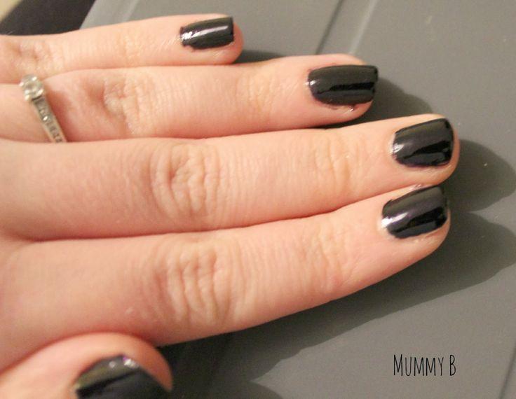 Mummy B: Tanya Burr Lips  Nails First Look