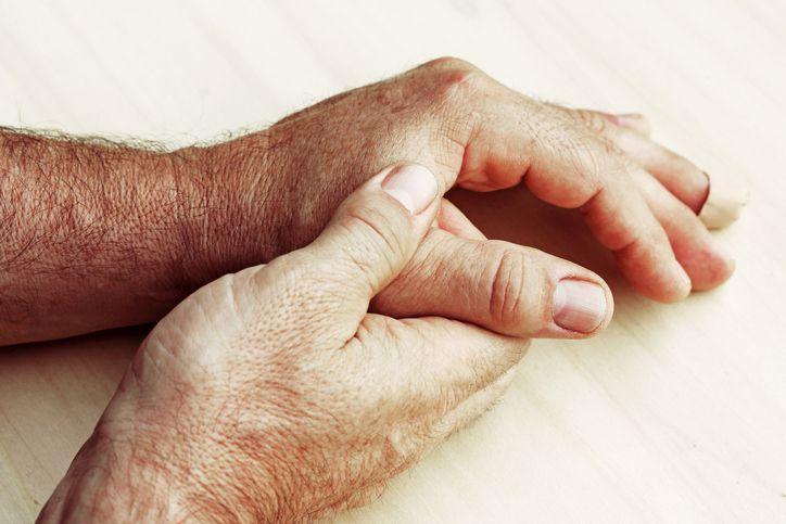 Luttez contre les inflammations diverses avec ce lait d'amande au curcuma noté 4.33 - 3 votes Il existe plusieurs types d'inflammations qui causent des douleurs, des raideurs au niveau des articulations et la difficulté à effectuer certaines tâches. L'impact négatif des inflammations peut aussi se ressentir au niveau musculaire et sur la circulation. Elles durentparfois...
