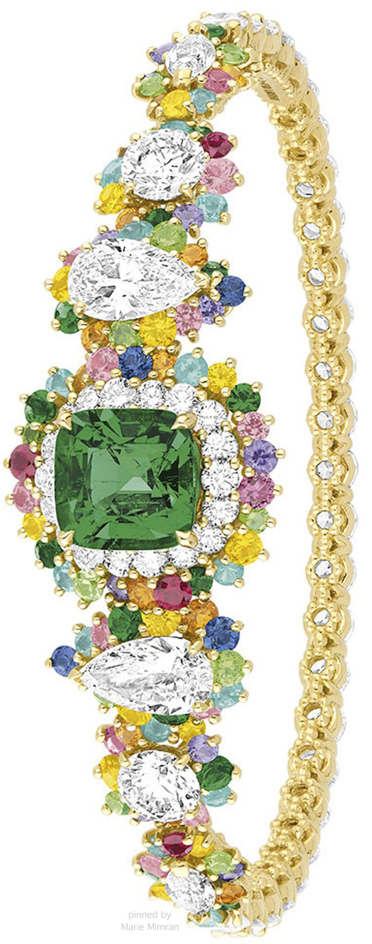 Holy Heaven!!  So many Sparkles!!  RosamariaGFrangini   HighJewellery Modern   Collection Cher Dior Victoire de Castellane