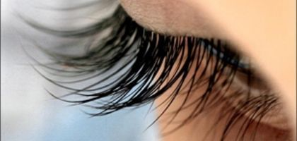 How to Make Eyelashes Grow Back Quickly | eHow
