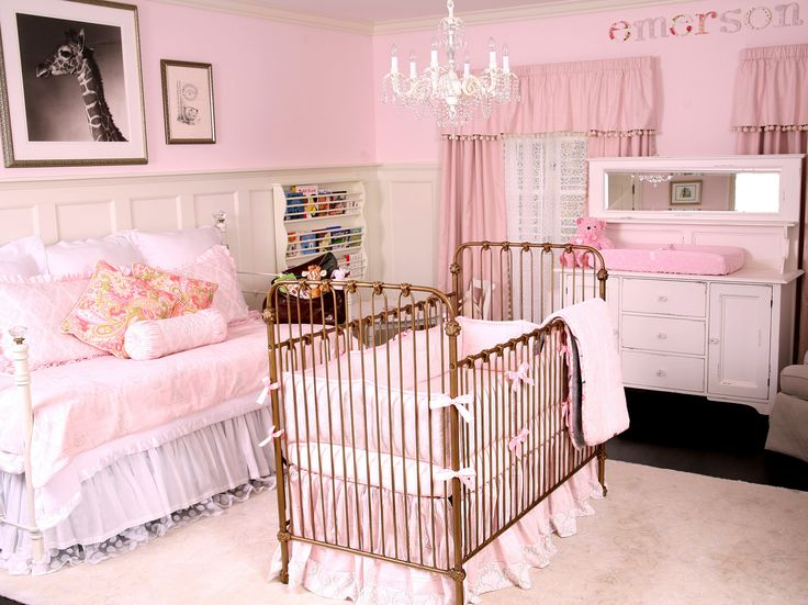 Shonda Rhimes's nursery for baby Emerson Pearl includes custom bedding by Carousel Designs