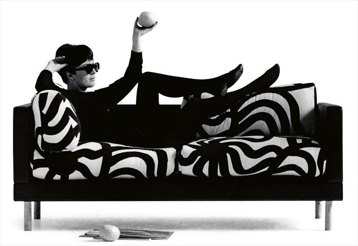 Marimekko, Kameleontti sofa in Jonas fabric, designed bei Maija Isola, 1961