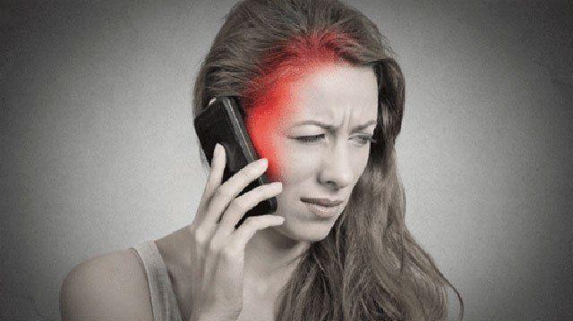Seit Jahren setzen sich Forscher und Ärzte mit einer Reihe von Forderungen für den Schutz der Bürger vor der Handystrahlung ein. Doch immer wenn Studien ergeben, dass die vom Handy ausgehenden Mikr…