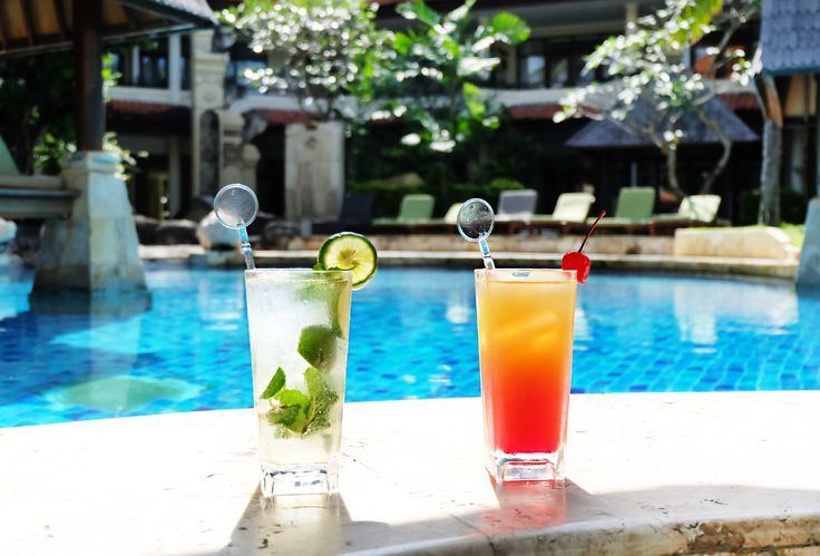 A drink for every mood and occasion! Special for the #cocktail connoisseurs 🥂🍸🍹   #thetanjungbenoabeachresortbali #thetanjungbenoa #TheTaoBali #bali