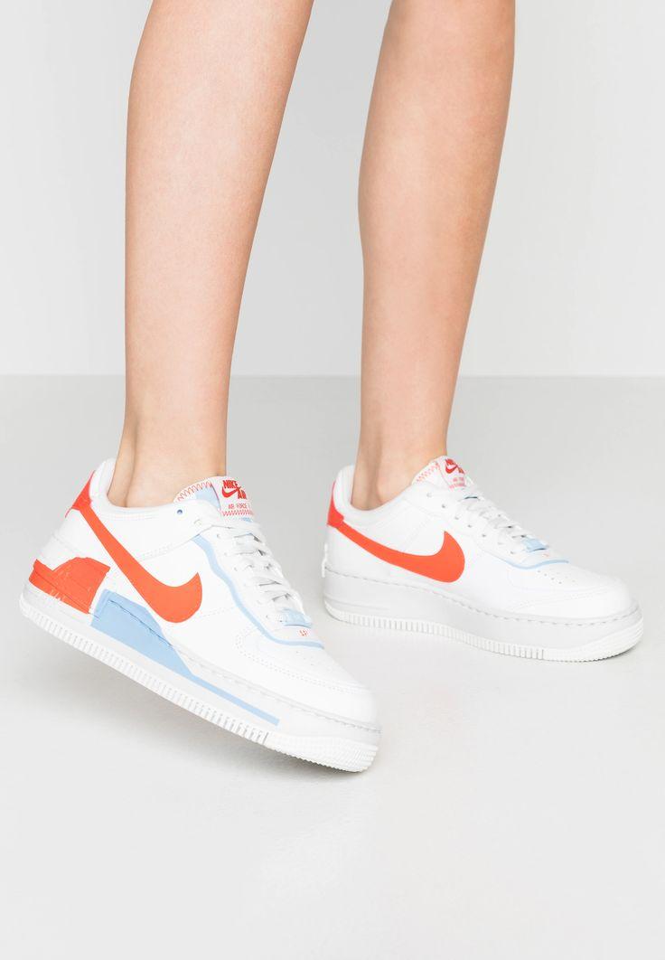 Épinglé par Alice Vallet sur kicks   Nike sportswear, Chaussure ...