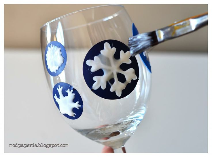 Etched SNOWFLAKE wine glasses TUTORIAL