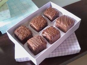Pão de mel: uma receita dos deuses direto na sua casa –a base de pão de ló, doce de leite e chocolate.