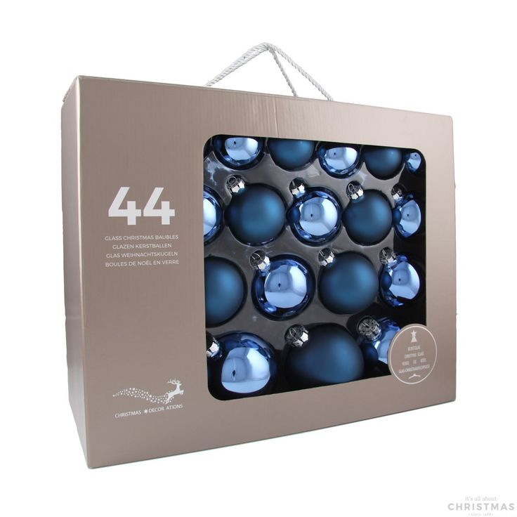 44-piece glass Christmas baubles set, matt and shiny jeans blue assorted. The set consists of 14 baubles with a 6 cm diameter, 12 baubles with a 7 cm diameter, 10 baubles with an 8 cm diameter, and 8 baubles with a 10 cm diameter. Supplied in a handy case.