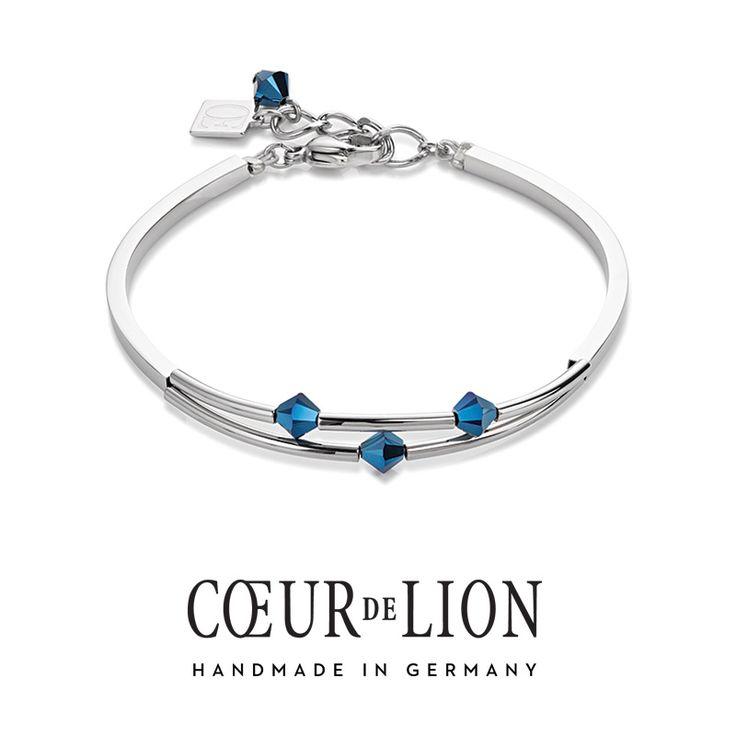 Swarovski bright blue double strand bracelet from Coeur de Lion Spring/Summer collection.